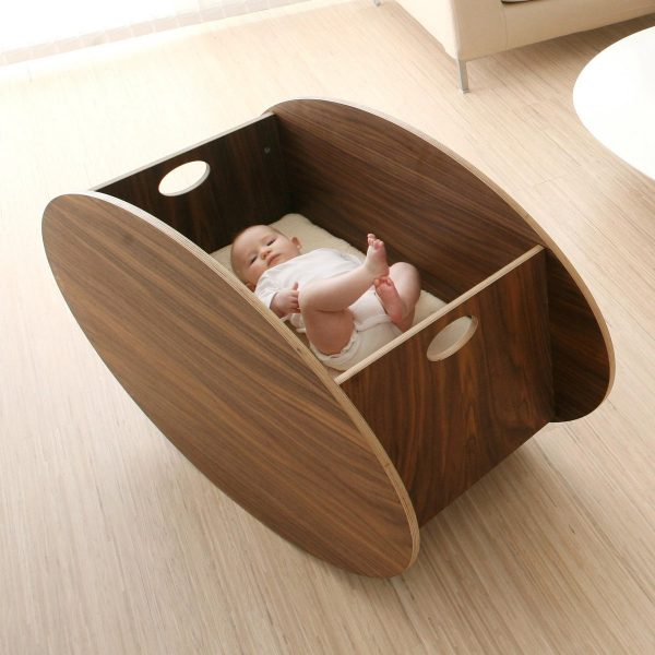 So-Ro Cradle Walnut